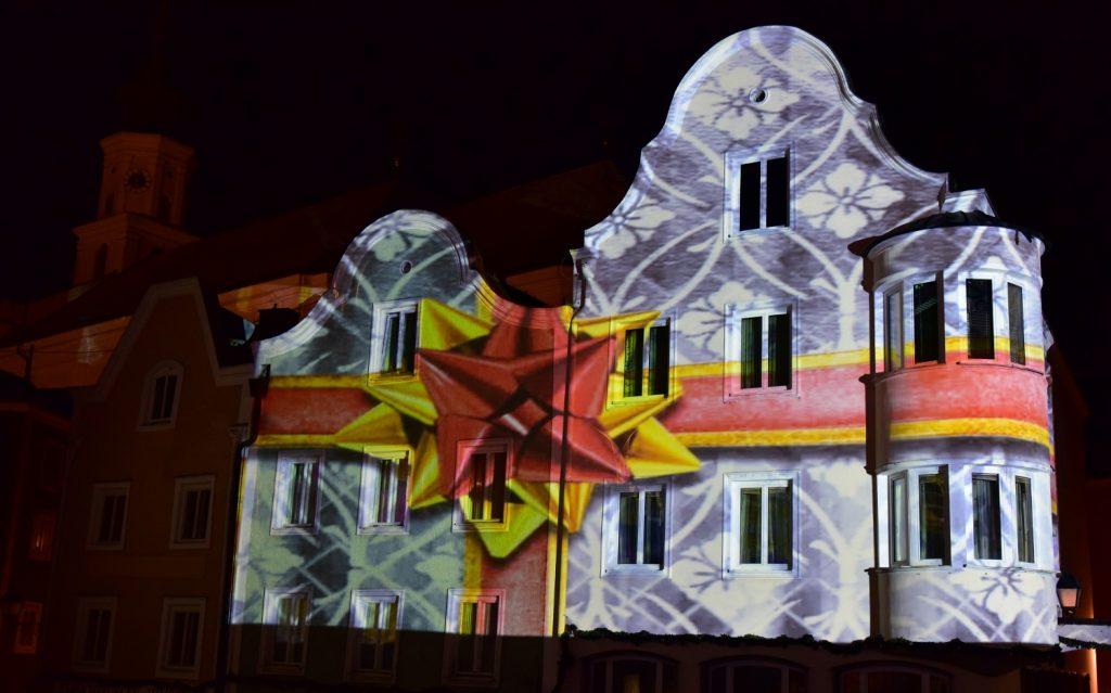 Weihnachtspackerl-Motiv (1500x936)