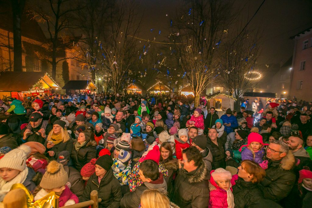 Christkindlmarkt im Palmpark by HCH Photopress (4)