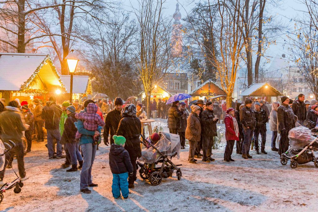 Christkindlmarkt im Palmpark by HCH Photopress (7)