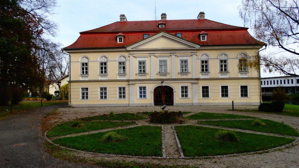 Schloss Bogenhofen2